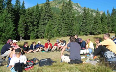 Trends in Youth Ministry Point to a Need for More Outdoor Ministry